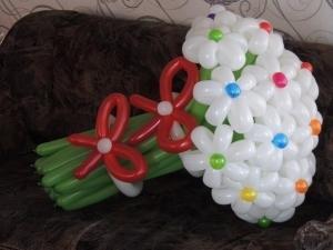"""Букет """"Белые ромашки с разноцветными серединками"""""""